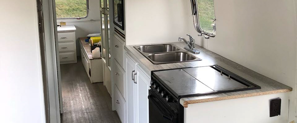 Airstream – Painting is Done!